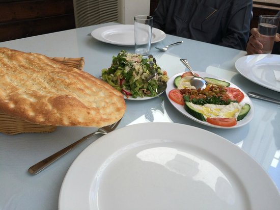 Turkish House Restaurant : salads, appetizers