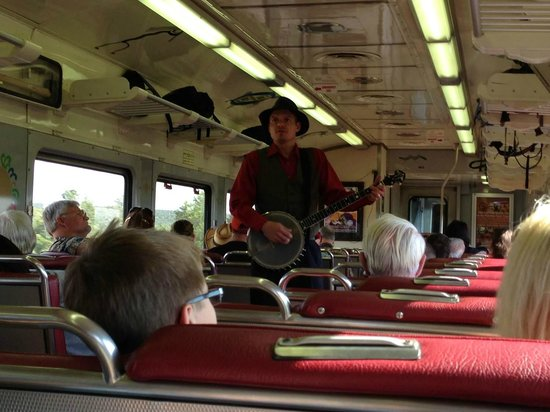 Grand Canyon Railway: El banjo, genuino sonido americano
