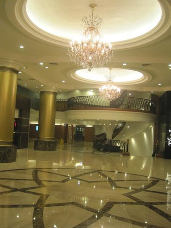 Hotel National: Lobby