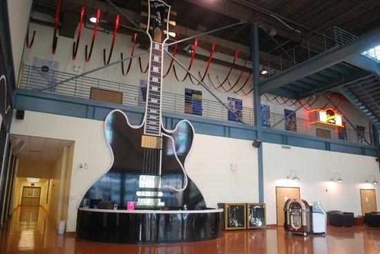 Gibson Factory: atrio entrata
