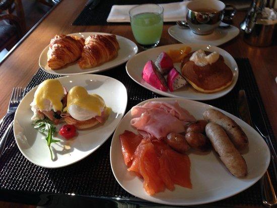 W Bangkok : 朝食