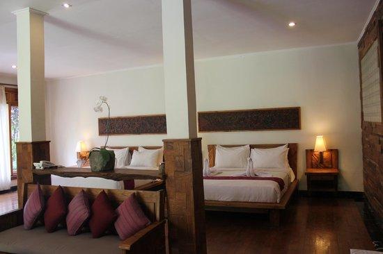 Sri Ratih Cottages: Chambre familiale