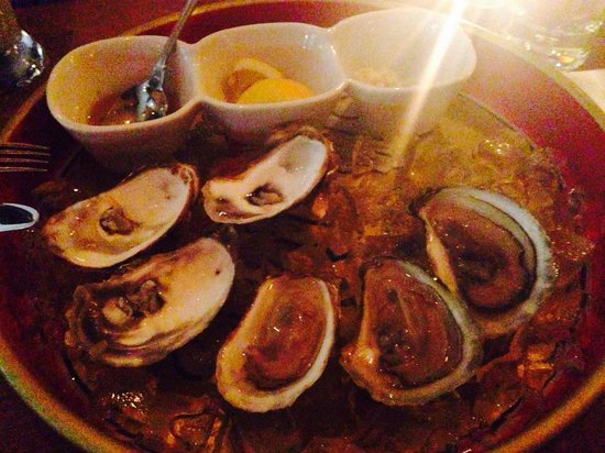 Sel Gras Restaurant: That was a starter: Oysters ��
