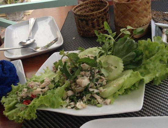 Tamarind : Fish laap