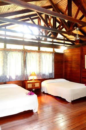 La Ensenada Lodge: Habitación
