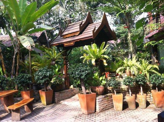Moradok - Thai: ingresso guesthouse