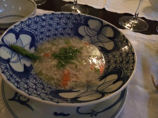 Club Opera Novel: Crab soup with asparagus - beautiful!