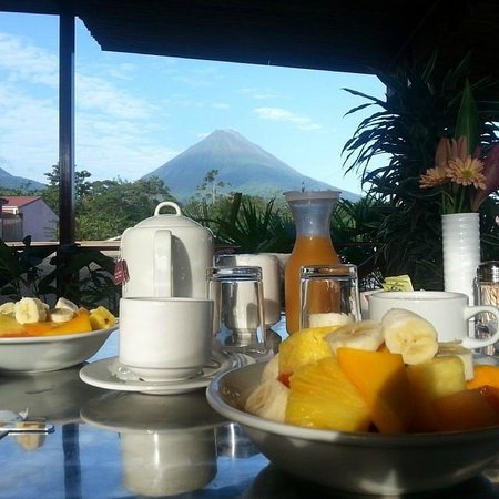 La Fortuna Suites: View from breakfast on the balcony! Breathtaking!