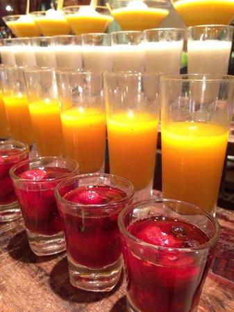 Pullman Bangkok Grande Sukhumvit: Sweet corner at Seafood night on Friday & Saturday