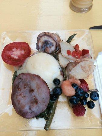 Casa de Piedra: Breakfast!