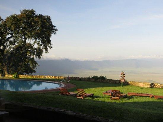 Ngorongoro Sopa Lodge : view at breakfast