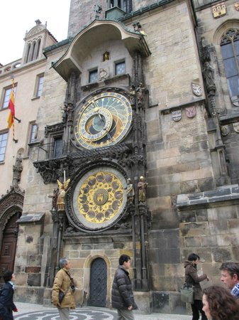 Discover Prague Tours : Very interesting stories about the clock history