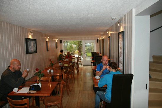 Hostel Selfoss : breakfast areas
