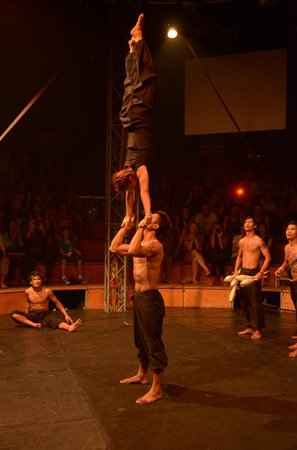 Phare, The Cambodian Circus: 日蝕~Eclipse