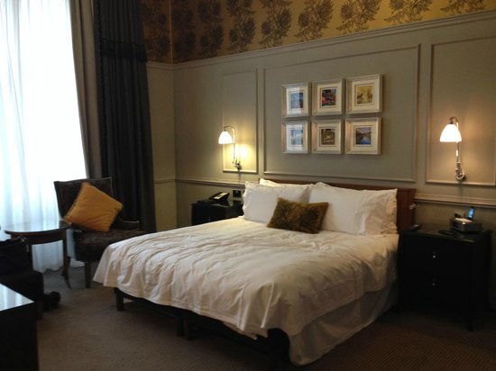 Waldorf Astoria Edinburgh - The Caledonian: bedroom