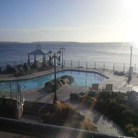 Oak Bay Beach Hotel : more views...