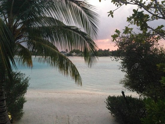 Holiday Inn Resort Kandooma Maldives : view from our Beach House