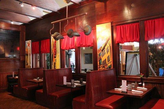 Bisbee's Tavolo: Dining area
