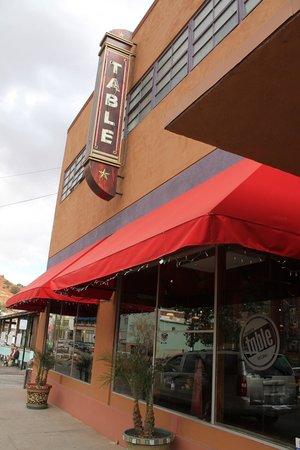 Bisbee's Tavolo: Do go in!