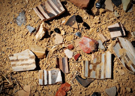 New Mexico Jeep Tours : pottery shards