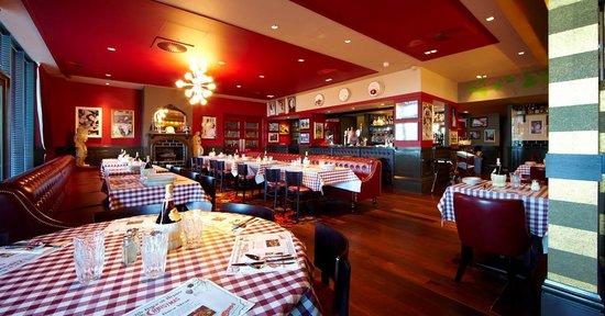 Restaurants Italian Near Me: Buca Di Beppo Italian Restaurant, Elstree