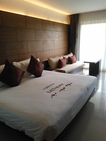 Novotel Phuket Kata Avista Resort and Spa : Bed