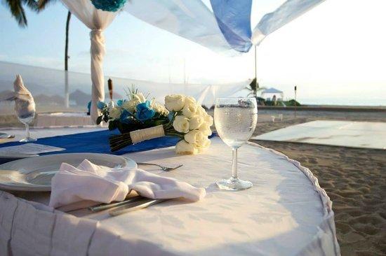 Sunscape Puerto Vallarta Resort & Spa: Wedding Reception