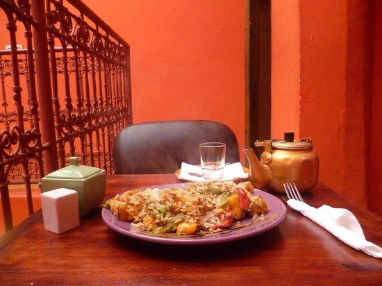 Earth Cafe Marrakech: vegan lunch - vegetables/rice/lentils