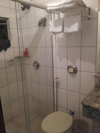 Tropikalya Prime: Baño