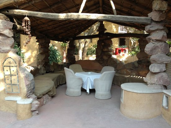 Ajit Bhawan : one of the outside sitting areas