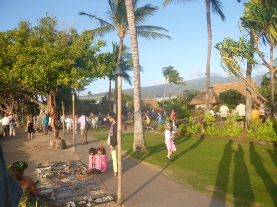 Old Lahaina Luau: Activities before the show