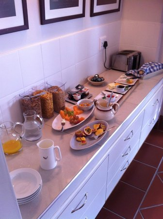 Penelope's Guesthouse: The breakfast