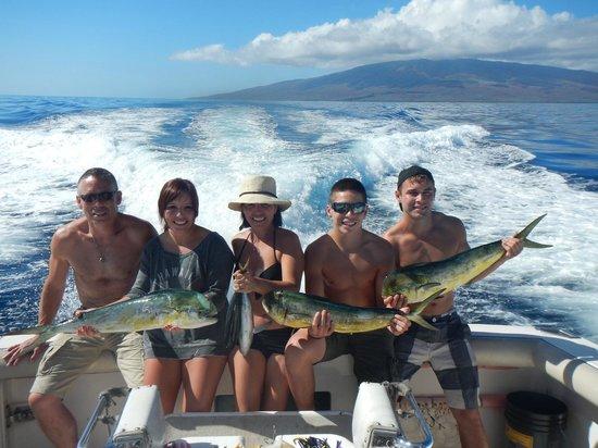 Extreme Sport Fishing Maui : December 2013 Fishing Maui