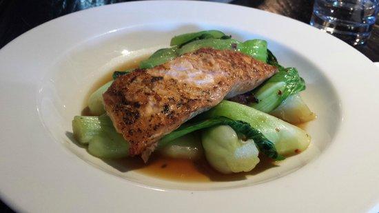 River Bar Steakhouse & Grill : Salmon Steak Blackened