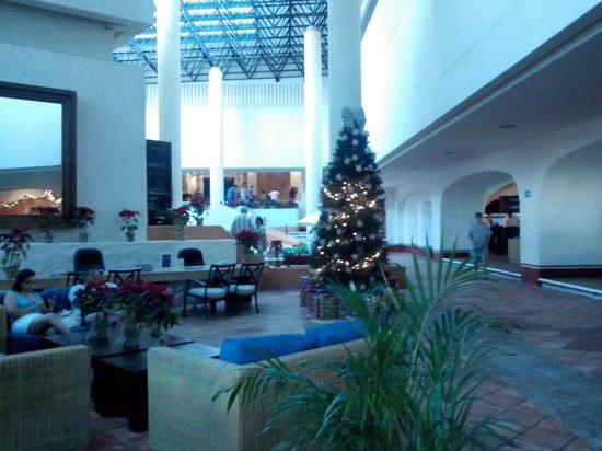 Park Royal Ixtapa: AREA COMUN Y LOBBY BAR