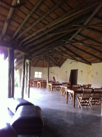 Chrislin African Lodge: The dining/breakfast area