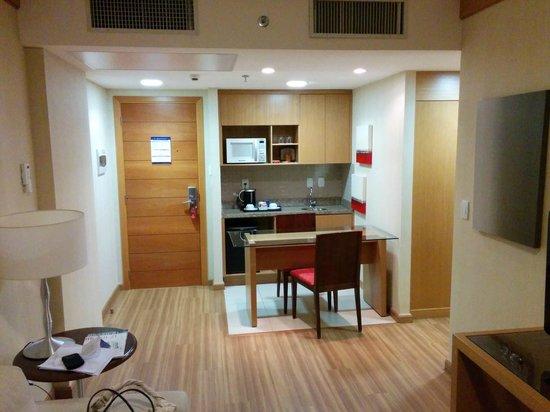 Melia Brasil 21: Mini-cozinha na sala