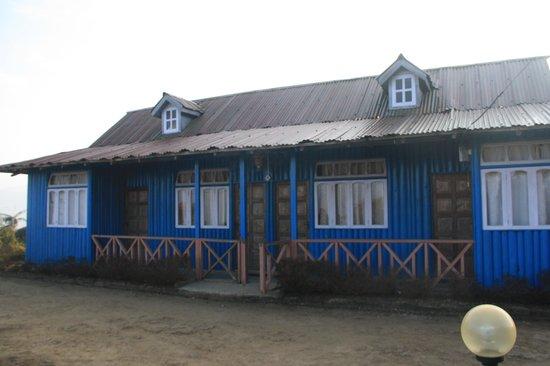 Suntec Eco Resort: Side view of Resort