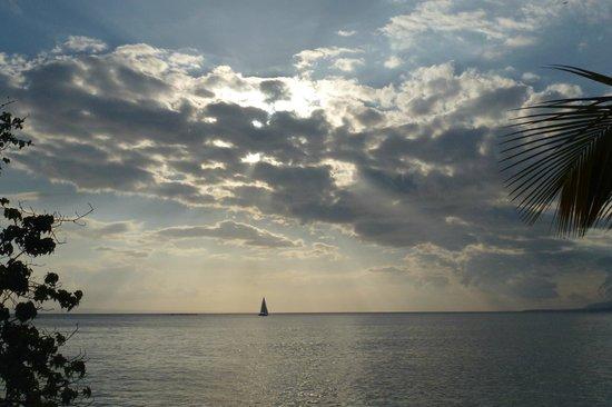 Luxury Bahia Principe Cayo Levantado Don Pablo Collection : Late afternoon on the beach