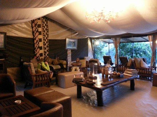 Ilkeliani Camp : relaxation room
