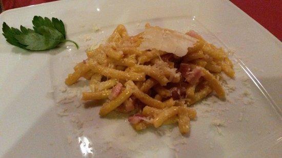 La Piazzetta del Gusto : Passatelli burro pancetta e formaggio di fossa