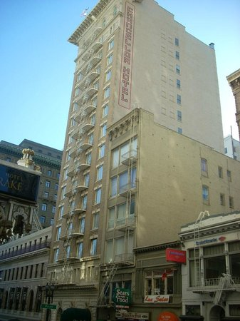 Chancellor Hotel on Union Square: exterior