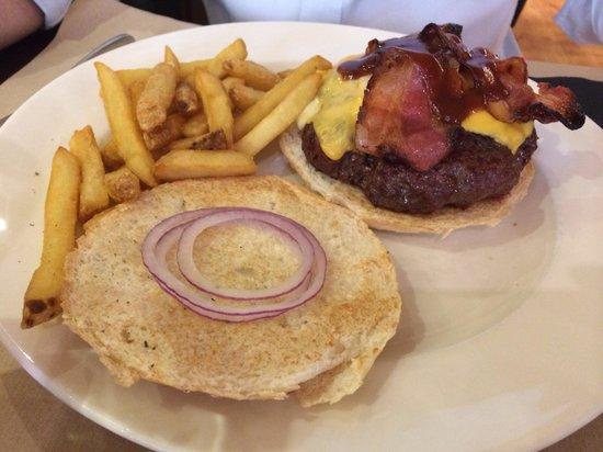 New York Burger: Classic hamburger con bacon 350gms