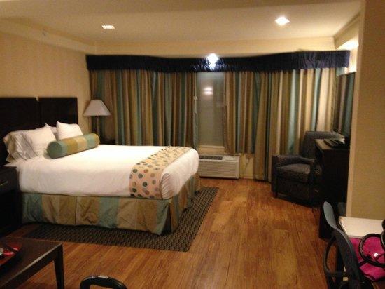 Hotel Strata: Room