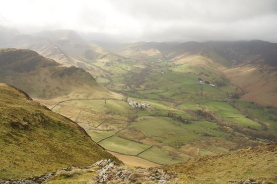 Catbells Lakeland Walk: Great view, not just of the water behind.