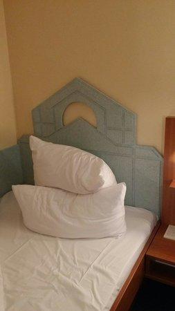 BEST WESTERN Transmar-Travel Hotel: Sehr sehr schönes Bett :(