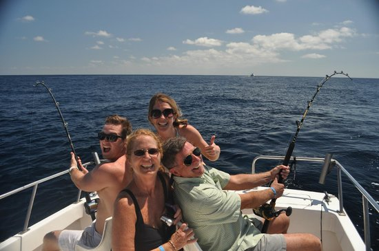 ABY Charters : Two marlin on- simultaneously