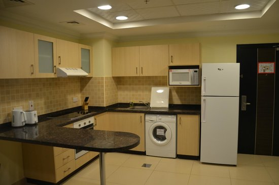 Ivory Grand Hotel Apartments : Cuisine