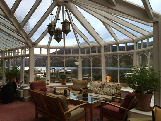 Lakeside Hotel: Lovely conservatory