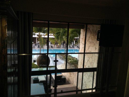 Catalonia Royal Bavaro : Looking out from 2nd floor bedroom